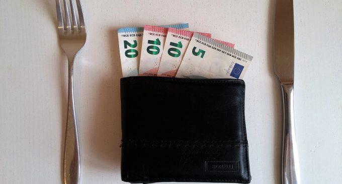 Einkommen: Deutschschweizer sind für Lohntransparenz