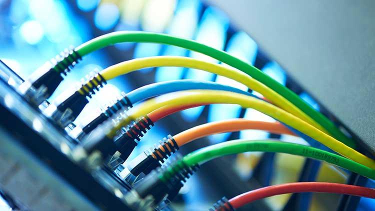 Das modulare Verkabelungssystem R&Mfreenet stellt alle benötigten Lösungen für eine optimale LAN-Verkabelung zur Verfügung. Es eignet sich besonders gut für den Einsatz von Power over Ethernet.