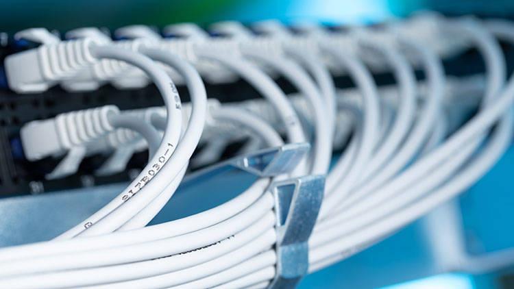 Rangierkabel um ein Viertel geschrumpft: Dünnere Kabel für Rechenzentren