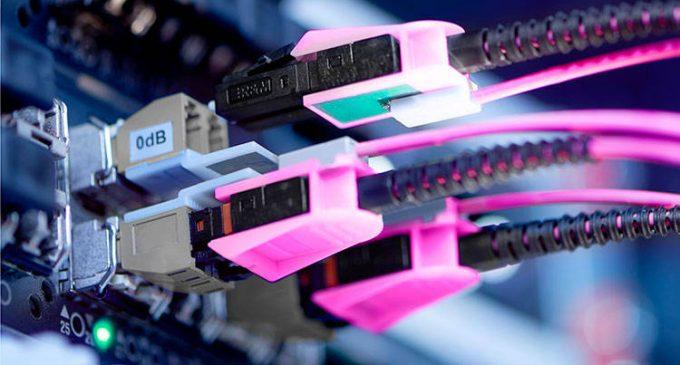 Neu: Port Monitoring-Kabel überwachen Glasfaserverbindungen von Netzwerkgeräten und Servern
