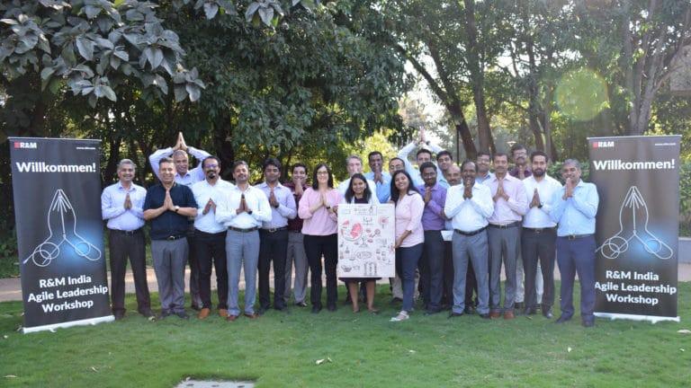 R&M fördert seine Führungskräfte weltweit, hier bei einem Training in Indien. (Bild wurde vor der Pandemie aufgenommen)